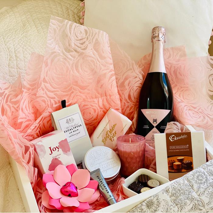 Edible Blooms : Sparkling Pamper Hamper