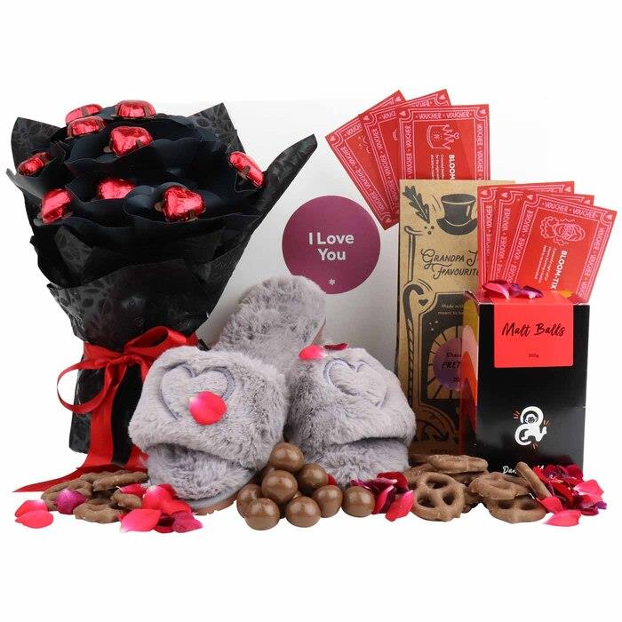 Image of Mothers Day Flix & Chill Treat Box