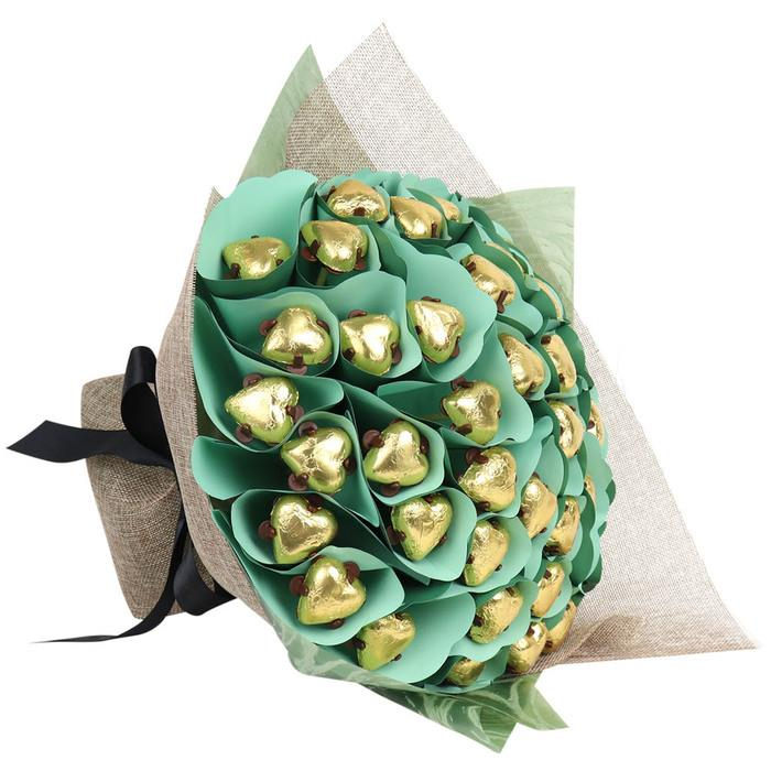 Edible Blooms : Fourty Hearts Golden Chocolate Bouquet