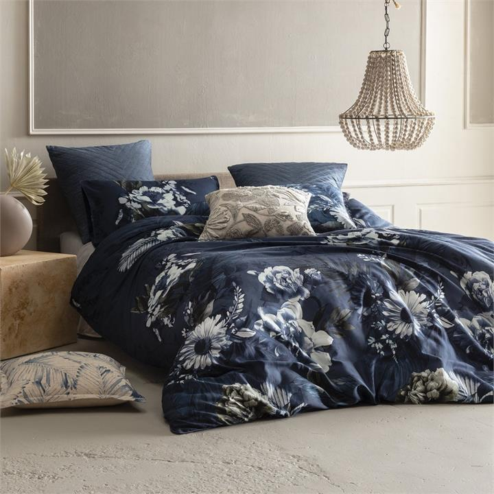 Image of Delphine Quilt Cover Set - Multi King