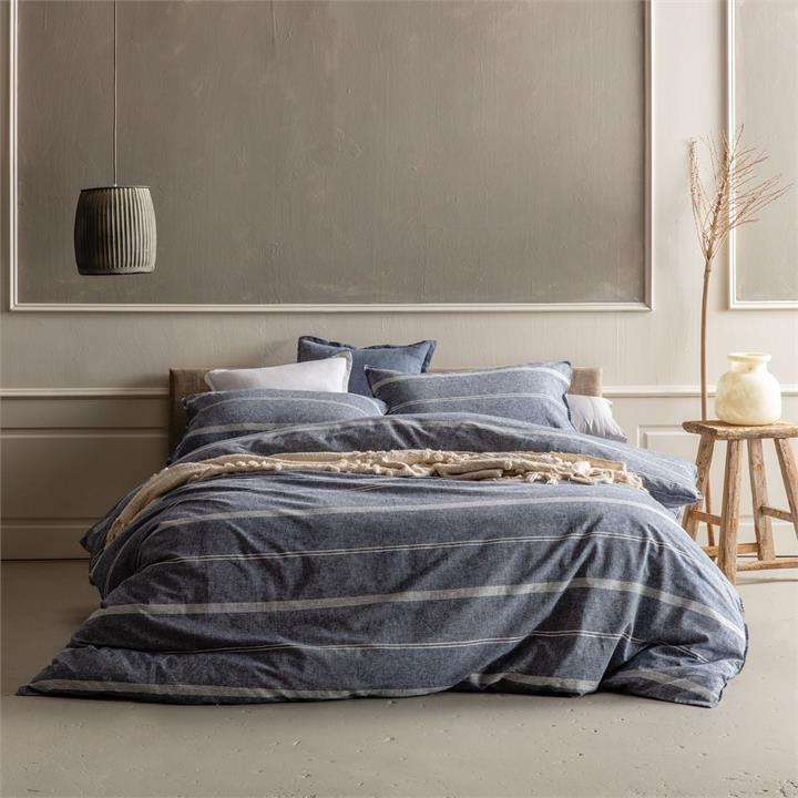 Image of Balmoral Quilt Cover Set King size - Navy King