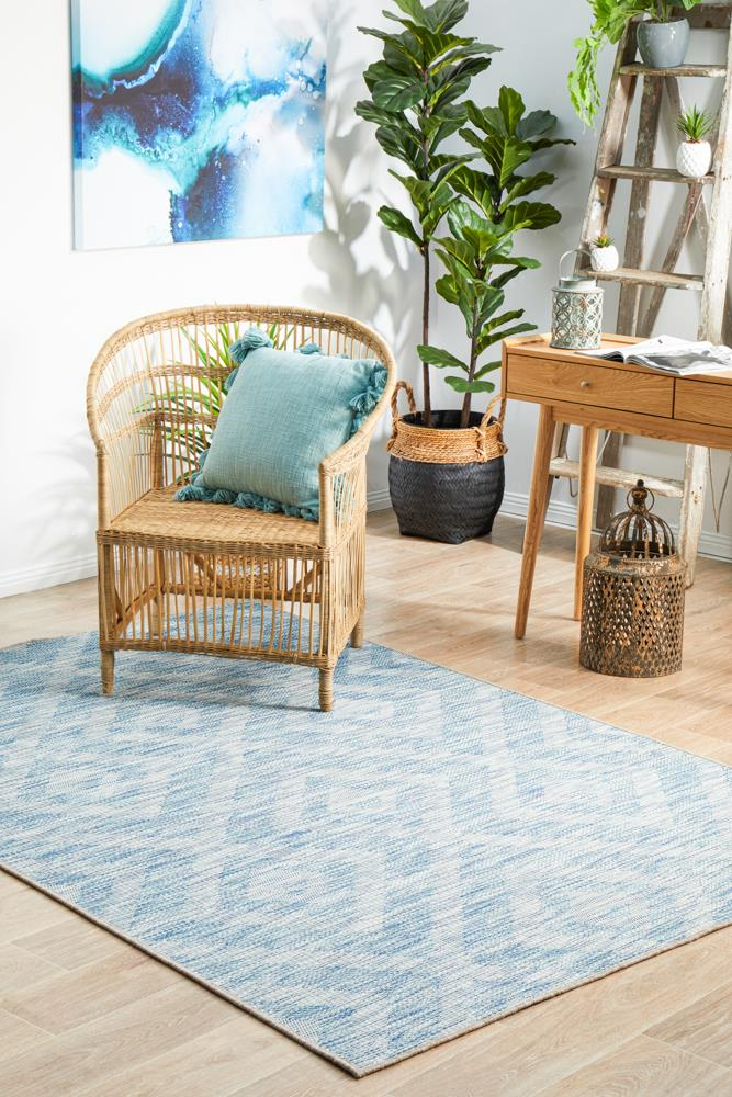 Image of Terrace Cain Rug Blue 400X300