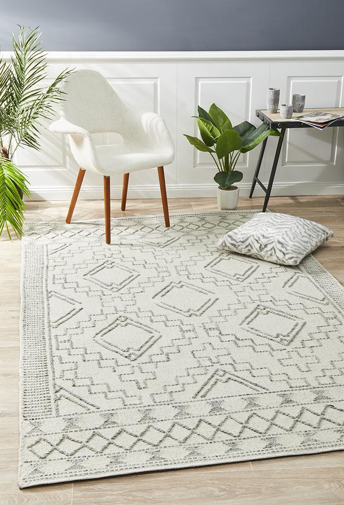 Image of Salena Rug Ivory 280x190cm