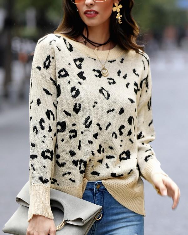 Image of Round Neck Leopard Print Casual Sweater