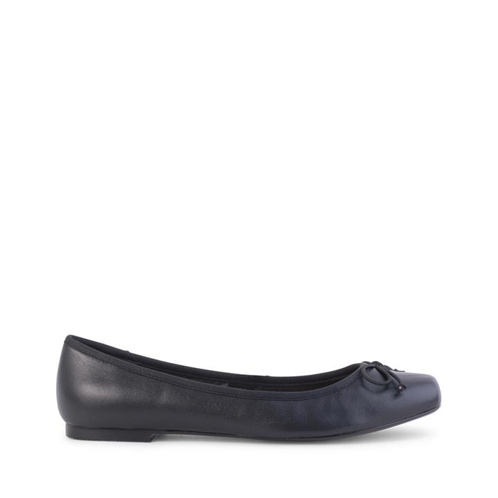 Image of Verali Shoes: Abella Black Leather Abella Black Leather