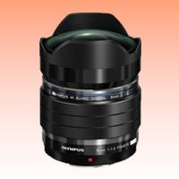 Image of New Olympus M.ZUIKO Digital ED 8mm f/1.8 Fisheye PRO Lens