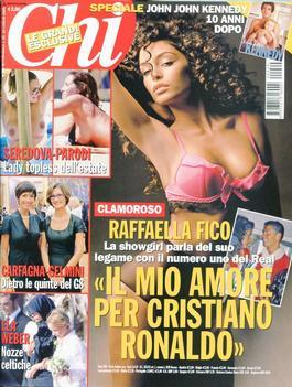 Magazine : Chi (Italy) Magazine 12 Month Subscription